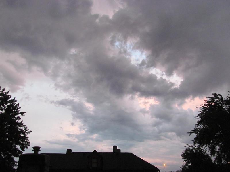 08-28-16 Dayton 19 clouds