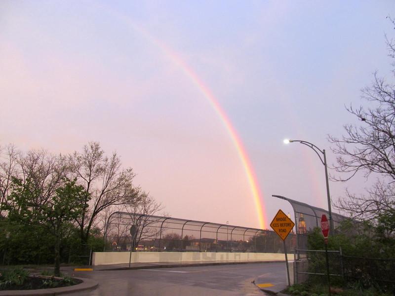 04-11-16 Dayton 10 rainbow
