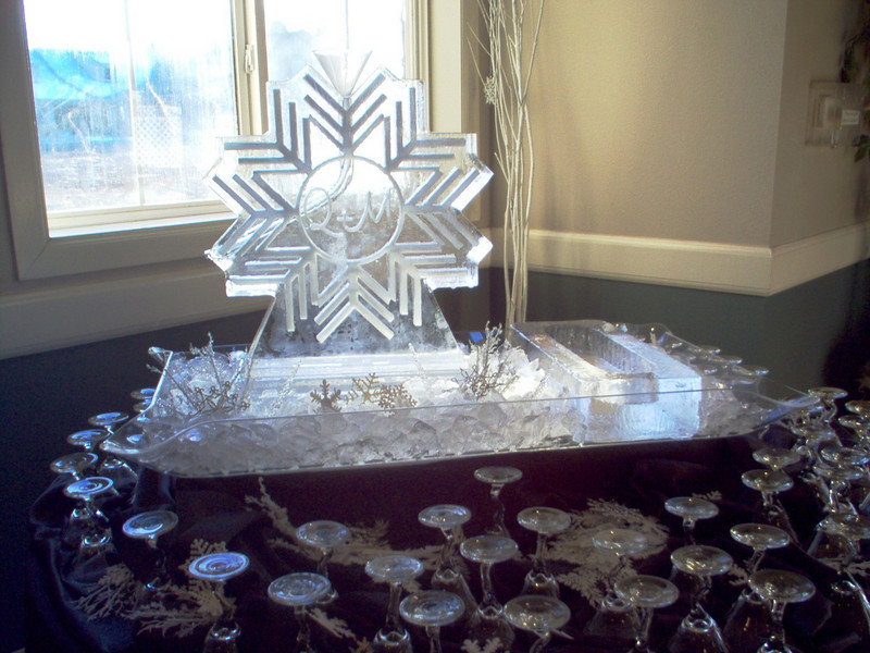 2-d Snowflake luge with monogram and ice bottle holder