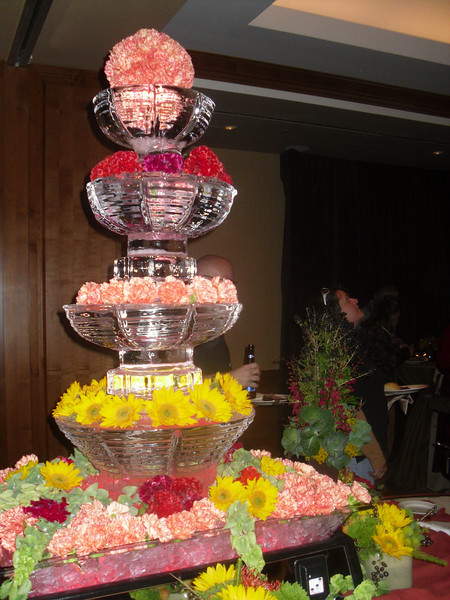 Tiered fountain with Flowers