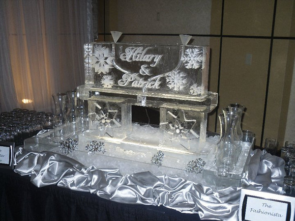Snow Flake Ice Sculpture Luge with names