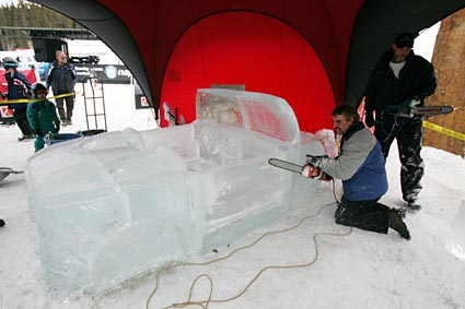 Saturn Sky convertible Ice carving at Copper Mountain