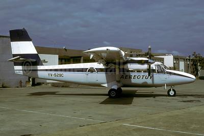 Aereotuy de Havilland Canada DHC-6-300 YV-529C (msn 524) (Aeropostal colors) CBL (Rolf Wallner). Image: 947464.