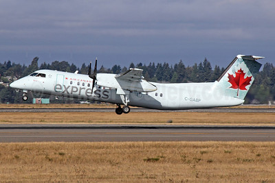 Air Canada Express-Jazz Aviation Bombardier DHC-8-311 Dash 8 (Q300) C-GABP (msn 257) SEA (Michael B. Ing). Image: 922828.