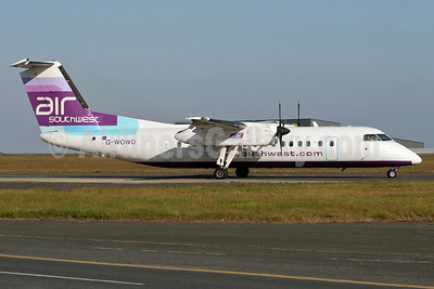 Air Southwest Bombardier DHC-8-311 Dash 8 G-WOWD (msn 286) STN (Pedro Pics). Image: 905470.