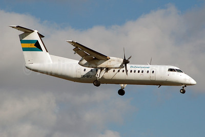 Bahamasair Bombardier DHC-8-311 C6-BFJ (msn 323) FLL (Bruce Drum). Image: 100521.