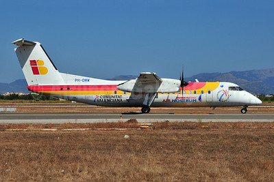 Air Nostrum-Iberia Regional Bombardier DHC-8-315 PH-DMW (msn 573) PMI (Ton Jochems). Image: 903661.