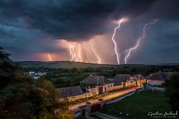 96 Blitzschlag in Selistat / Seligstadt, Rumänien