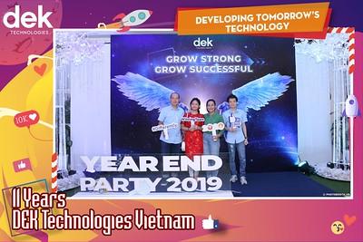 Dek-Year-End-Party-2019-Chup-anh-in-hinh-lay-lien-Tiec-Tat-nien-2019-WefieBox-Photobooth-Vietnam-093