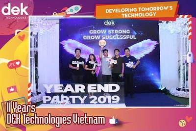 Dek-Year-End-Party-2019-Chup-anh-in-hinh-lay-lien-Tiec-Tat-nien-2019-WefieBox-Photobooth-Vietnam-111