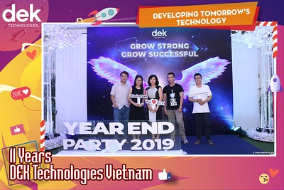 Dek-Year-End-Party-2019-Chup-anh-in-hinh-lay-lien-Tiec-Tat-nien-2019-WefieBox-Photobooth-Vietnam-095