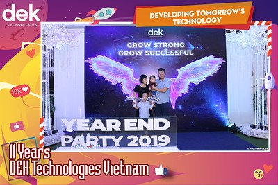Dek-Year-End-Party-2019-Chup-anh-in-hinh-lay-lien-Tiec-Tat-nien-2019-WefieBox-Photobooth-Vietnam-126
