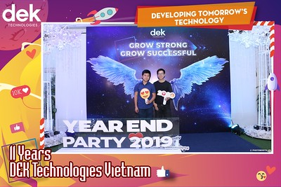 Dek-Year-End-Party-2019-Chup-anh-in-hinh-lay-lien-Tiec-Tat-nien-2019-WefieBox-Photobooth-Vietnam-087