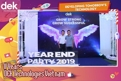 Dek-Year-End-Party-2019-Chup-anh-in-hinh-lay-lien-Tiec-Tat-nien-2019-WefieBox-Photobooth-Vietnam-120