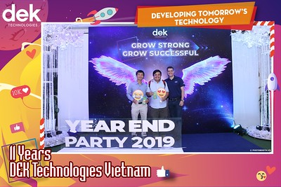 Dek-Year-End-Party-2019-Chup-anh-in-hinh-lay-lien-Tiec-Tat-nien-2019-WefieBox-Photobooth-Vietnam-106