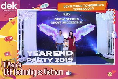 Dek-Year-End-Party-2019-Chup-anh-in-hinh-lay-lien-Tiec-Tat-nien-2019-WefieBox-Photobooth-Vietnam-113