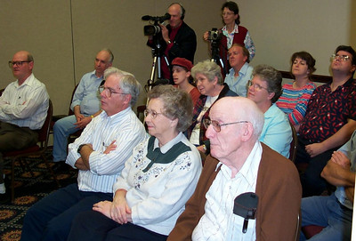 An audience in Marietta, GA, during an Evangelistic series by deaf Pastor Jeff Jordan given in American Sign Language.  Pastor and Mrs. Blake videotaped the series and it is available on video tape or DVD from http://www.deafhope.org/jordvid.htm