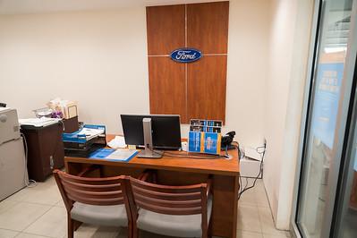 Ford service advisor