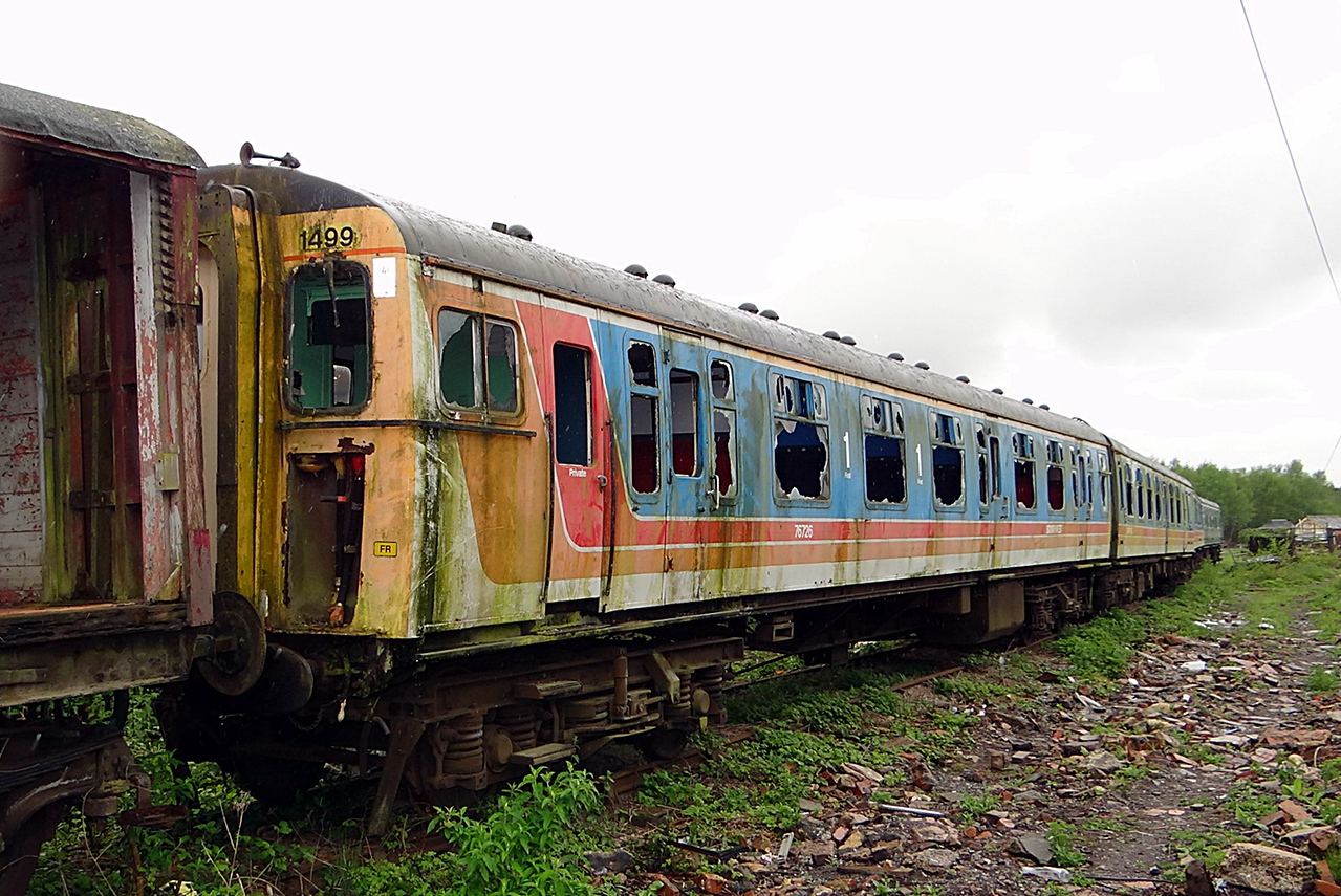 BR 76726 (1499) EMU 421 DTCL 14,05,2013. (Now Scrapped)