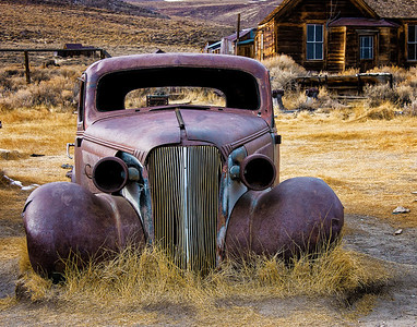 Richards___An Old bodie Car