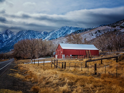 Kemmerer___Barn on the way to Lake Tahoe