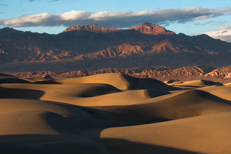 Dunes to Mountains