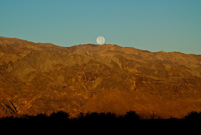 Moonset, Furnace Creek, Death Valley