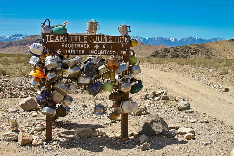 049 Teakettle Junction