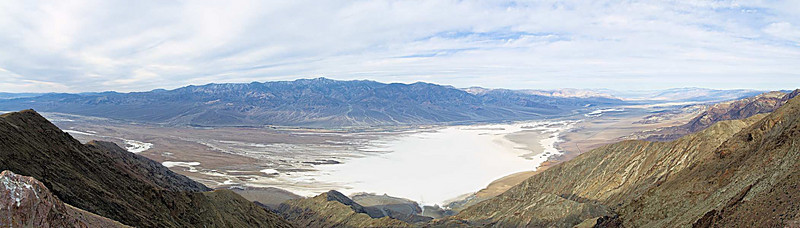 Telescope Peak 11,049'  with the<br /> Death Valley Salt Pan -282'<br /> Jan. 10, 2007<br /> from Dante's View ~5600'