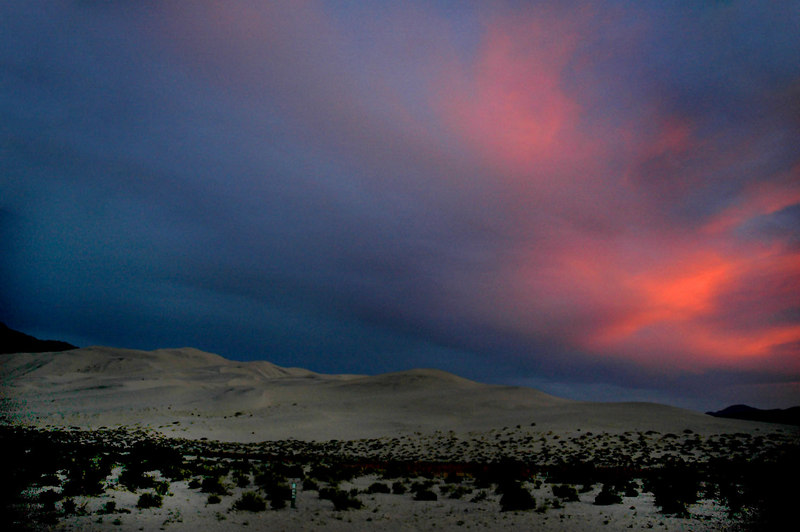 The dunes after sunset. Colors came out eerie due to the long exposure.