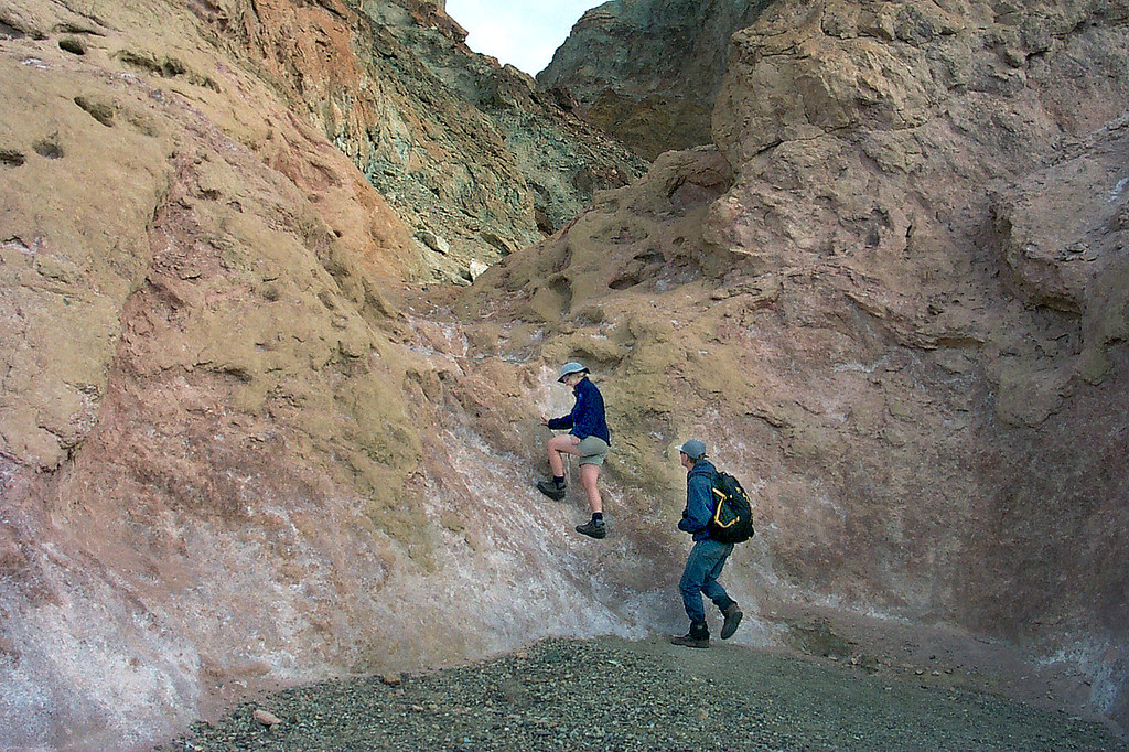 Kathy and Gary start up the canyon.