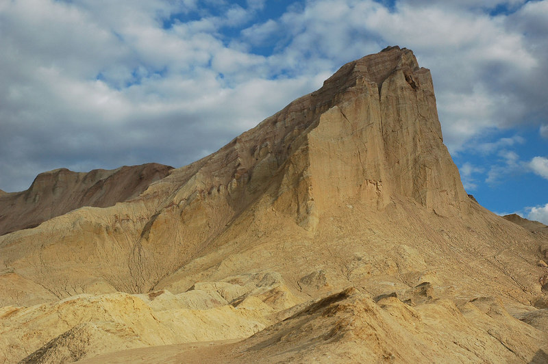 Zoomed in on Manly Beacon, the trail to Zabriskie Point can be seen at it's base.