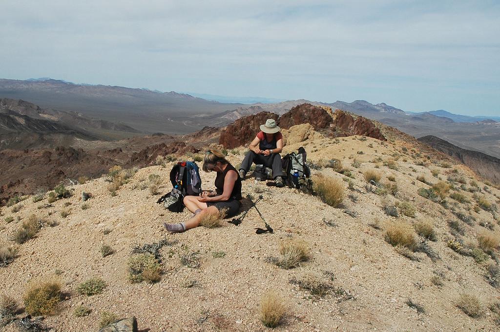 Sooz and Rachel on Salsberry Peak.