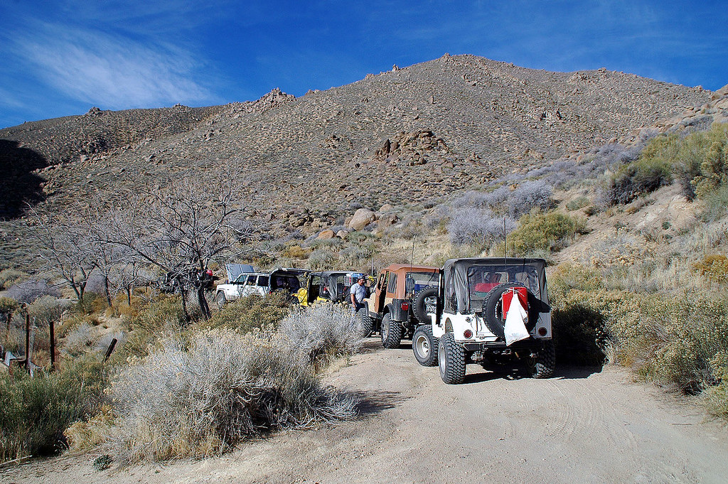 This group of off roaders arrived at Russell's as we started the hike.