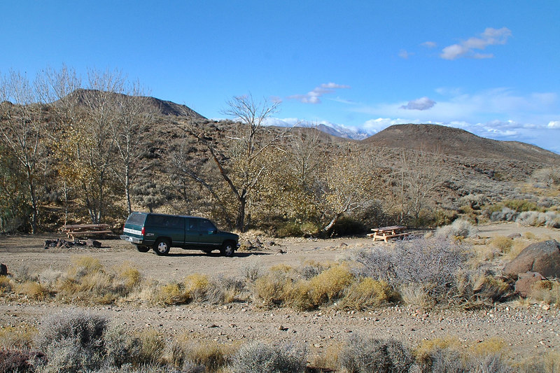After driving on a dirt road for a while, we came upon this picnic area. Think this is where the petroglyphs are located.