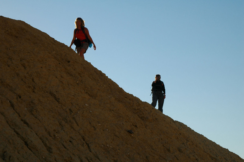Sooz and Robin on a ridge.