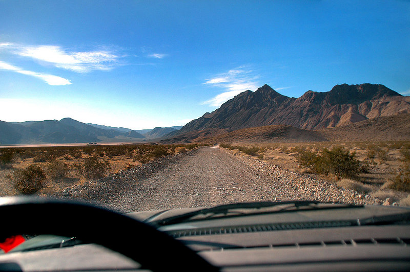 The Racetrack and Ubehebe Peak come into view.