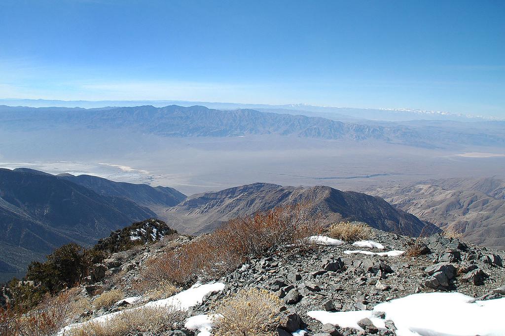 Argus Range to the west.
