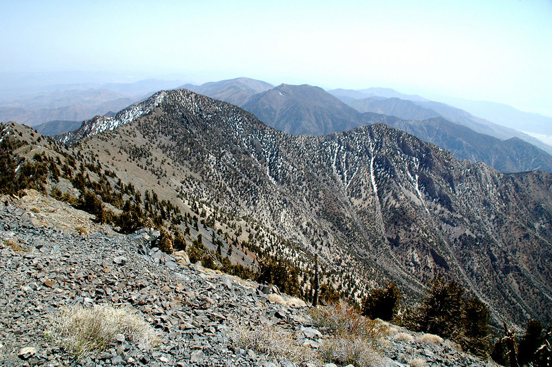 Sentinal and Porter Peaks behind to ridge to the south.