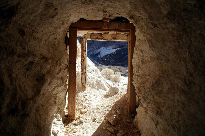 Looking out from the tunnel to the Granthan Mine across the canyon.