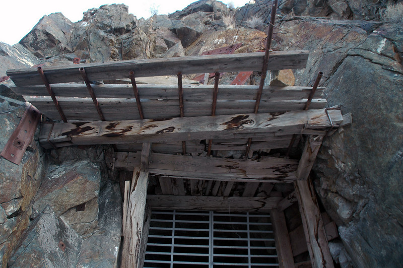 Roof over the mine's enterance due to the loose rock.