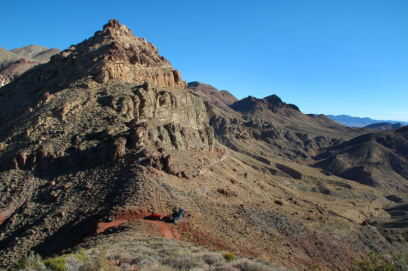 Looking back down on Red Pass. Great colors in the area.