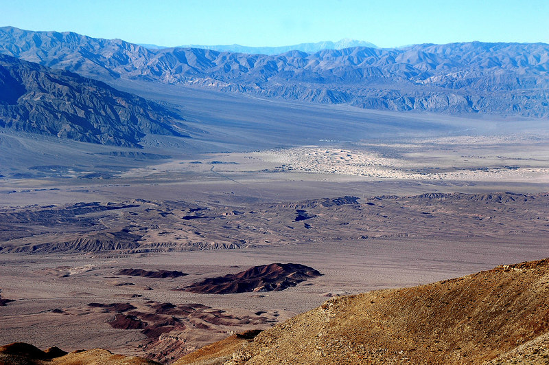Zoomed in on the Stovepipe Wells sand dunes.