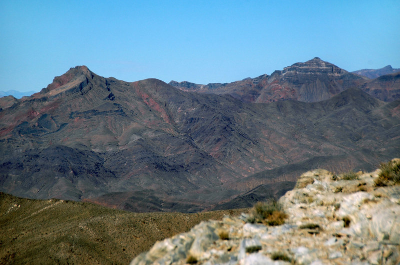 Zoomed in on Corkscrew and Thimble Peaks.