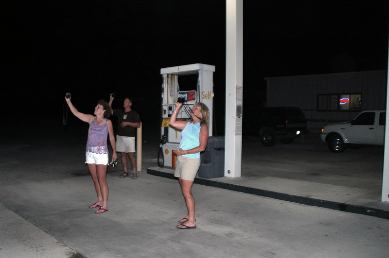 After the hike, we had dinner at the Panamint Springs Resort. At the gas station there was a bunch of bats going after the bugs that were attracted to the lights. Kathy, TomB and Sooz are taking photos of the bats.