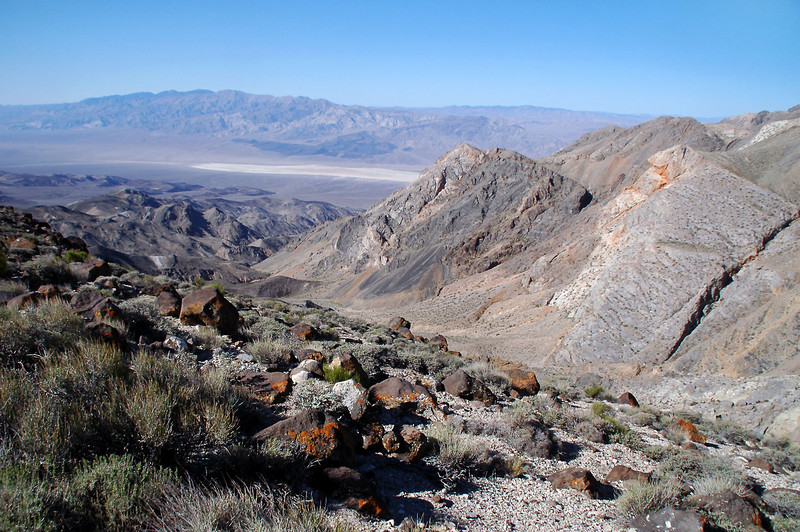 From the break spot, we can see into the Panamint Valley.