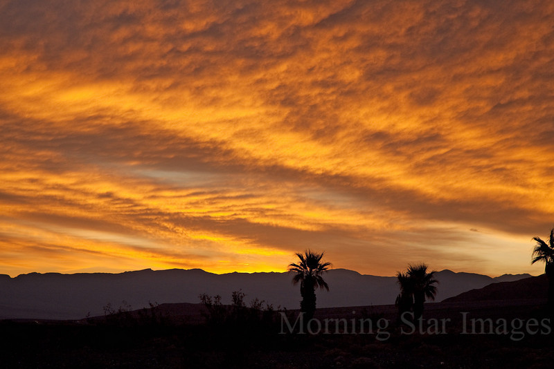 Stovepipe Wells Sunrise