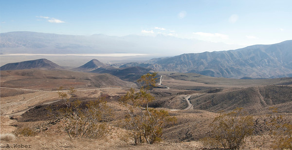 Approaching the Death Valley National park from Lone Pine - view at the Saline Valley.