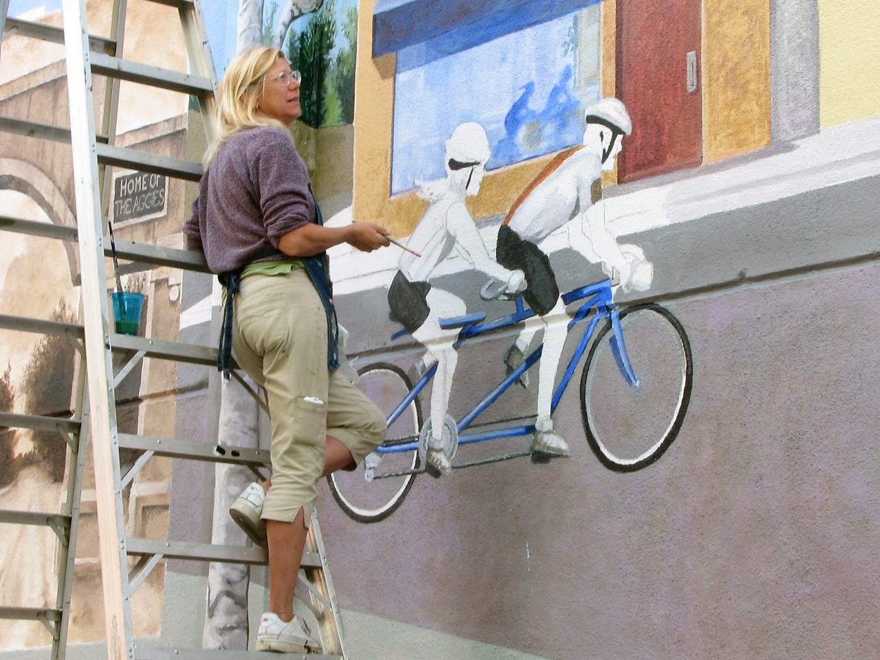 'Bike Fun' Mural in the works at 3rd & F Streets