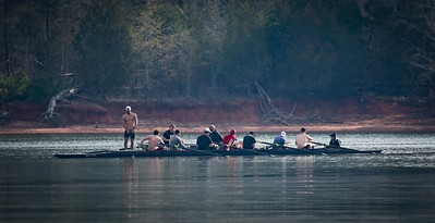 Crew team on Lake Hartwell
